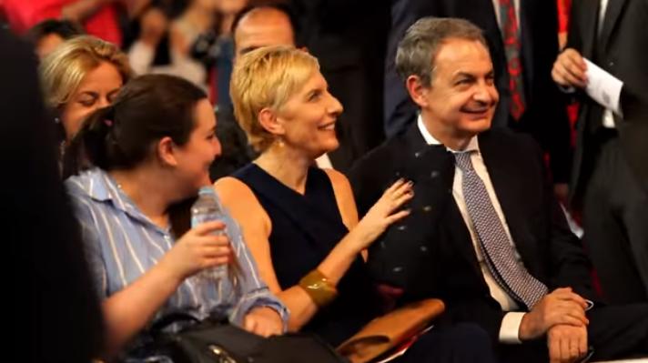 La Transformación De Las Hijas Góticas De Zapatero 10 Años Después De La Famosa Foto Con Obama